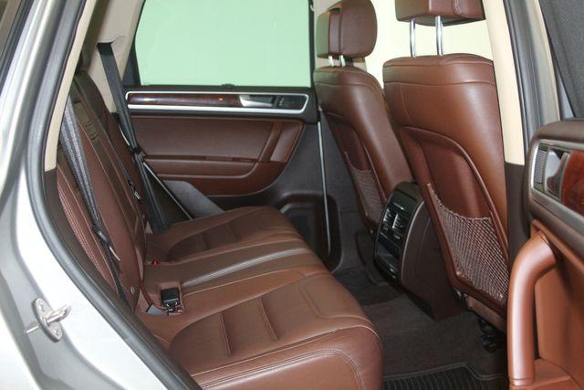 2012 Volkswagen Touareg HYBRID Houston, Texas 21