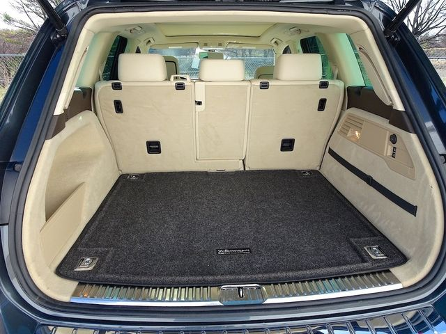 2012 Volkswagen Touareg Lux Madison, NC 14