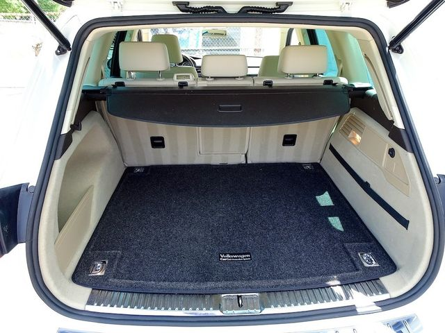 2012 Volkswagen Touareg Sport w/Nav Madison, NC 11