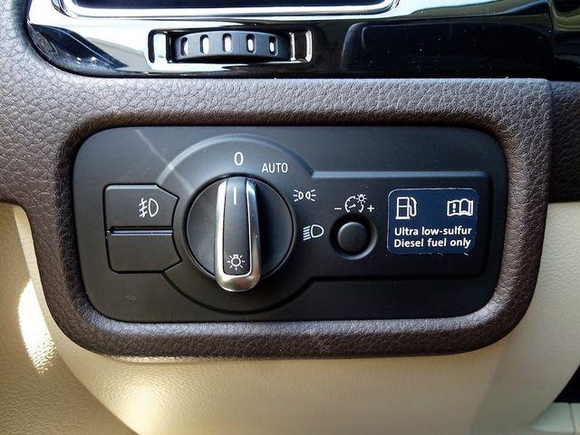 2012 Volkswagen Touareg Sport w/Nav Madison, NC 19