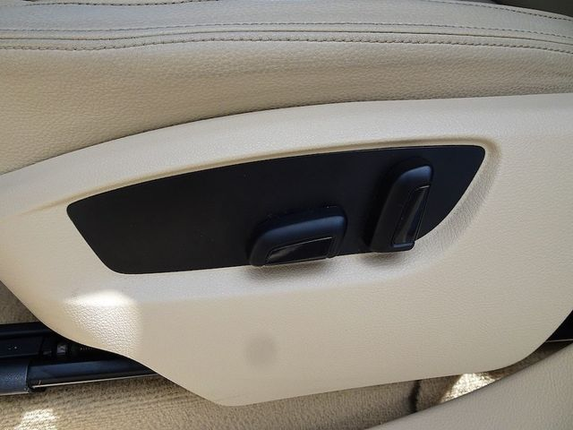2012 Volkswagen Touareg Sport w/Nav Madison, NC 31