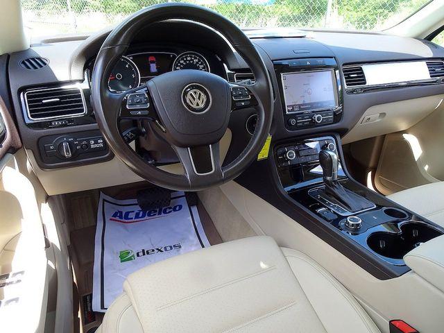 2012 Volkswagen Touareg Sport w/Nav Madison, NC 39