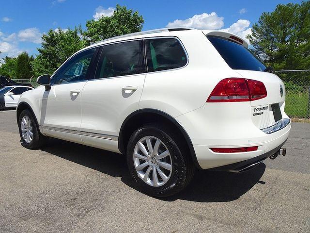 2012 Volkswagen Touareg Sport w/Nav Madison, NC 4