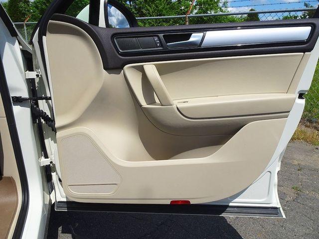 2012 Volkswagen Touareg Sport w/Nav Madison, NC 41