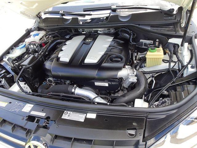 2012 Volkswagen Touareg Sport w/Nav Madison, NC 48