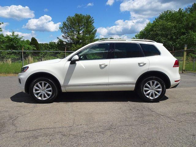 2012 Volkswagen Touareg Sport w/Nav Madison, NC 5