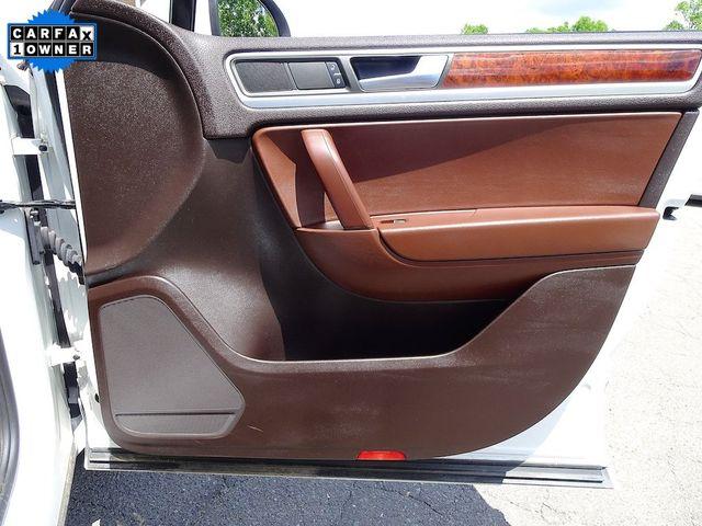 2012 Volkswagen Touareg Lux Madison, NC 40