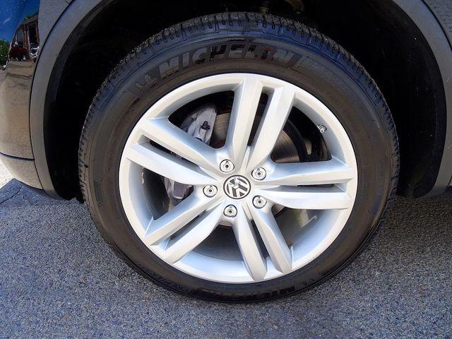 2012 Volkswagen Touareg Exec Madison, NC 10