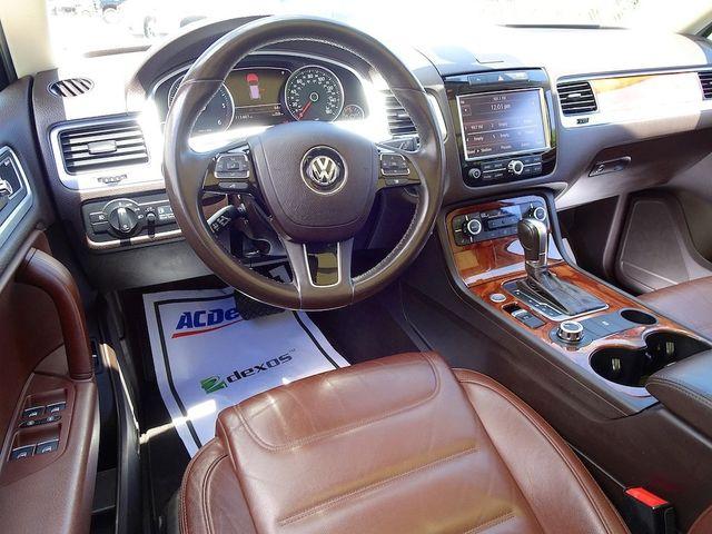 2012 Volkswagen Touareg Exec Madison, NC 38