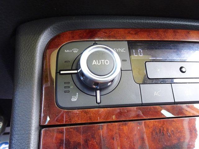 2012 Volkswagen Touareg Lux Madison, NC 20