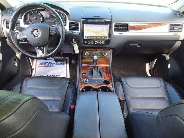 2012 Volkswagen Touareg Lux Madison, NC 35