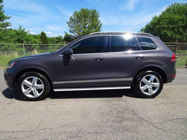 2012 Volkswagen Touareg Lux Madison, NC 5