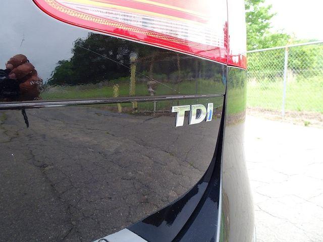 2012 Volkswagen Touareg Sport Madison, NC 11