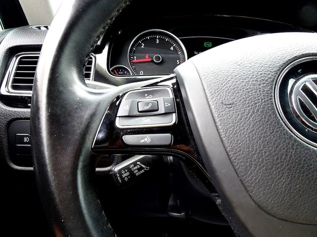2012 Volkswagen Touareg Sport Madison, NC 16