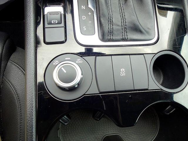 2012 Volkswagen Touareg Sport Madison, NC 21