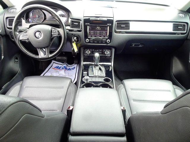 2012 Volkswagen Touareg Sport Madison, NC 33