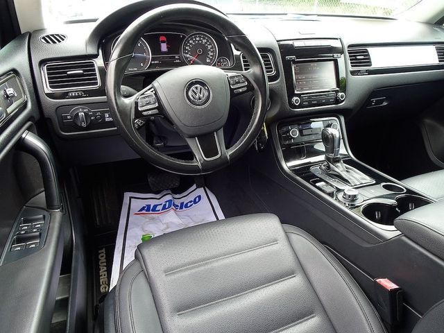 2012 Volkswagen Touareg Sport Madison, NC 34