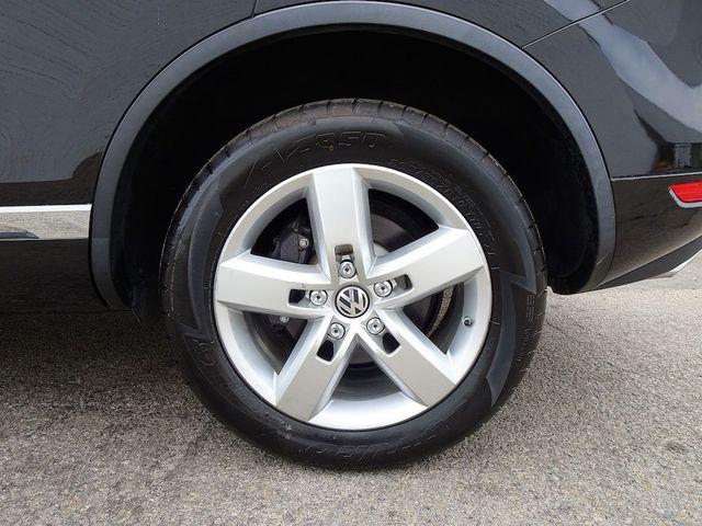 2012 Volkswagen Touareg Lux Madison, NC 10