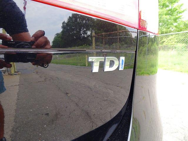 2012 Volkswagen Touareg Lux Madison, NC 11