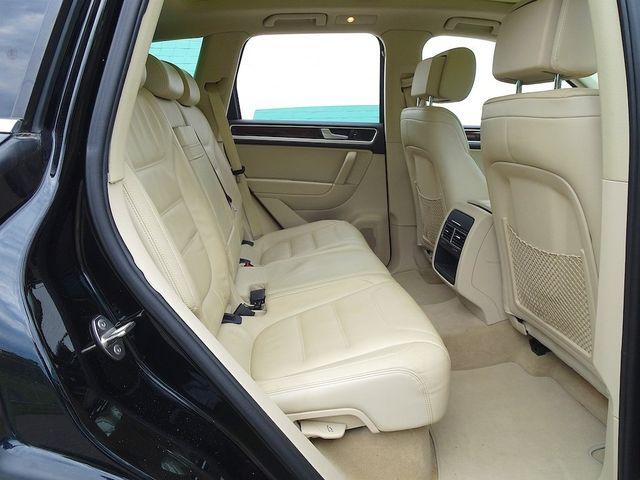2012 Volkswagen Touareg Lux Madison, NC 34