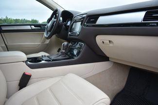 2012 Volkswagen Touareg TDI Naugatuck, Connecticut 8