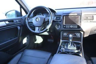 2012 Volkswagen Touareg TDI Sport Naugatuck, Connecticut 12