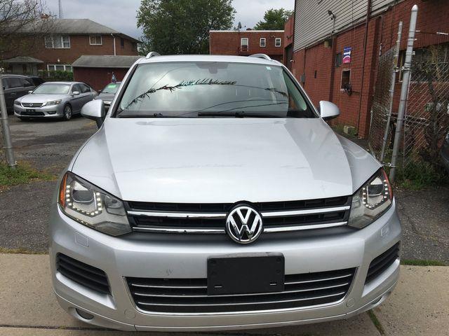 2012 Volkswagen Touareg Sport w/Nav New Brunswick, New Jersey 3