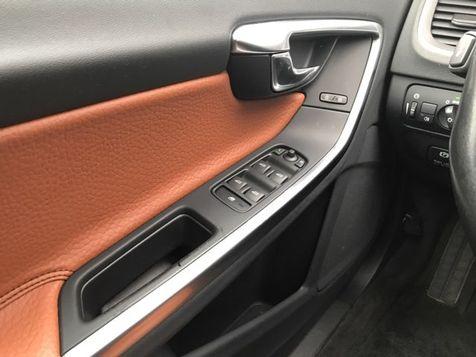 2012 Volvo S60 AWD T6  | Malvern, PA | Wolfe Automotive Inc. in Malvern, PA