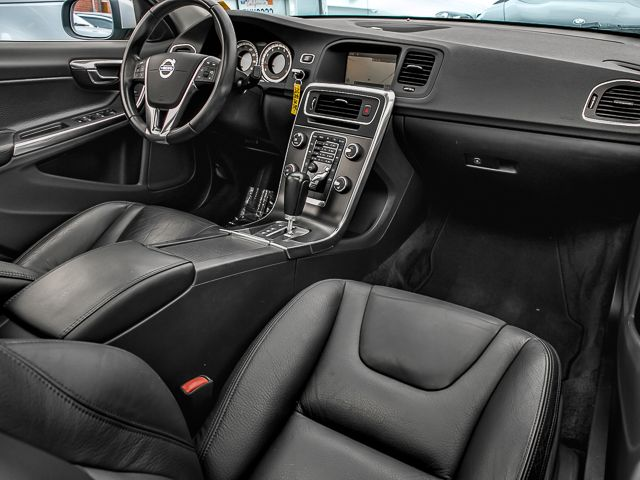 2012 Volvo S60 T5 w/Moonroof Burbank, CA 11