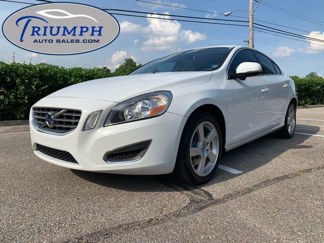 2012 Volvo S60 T5 w/Moonroof