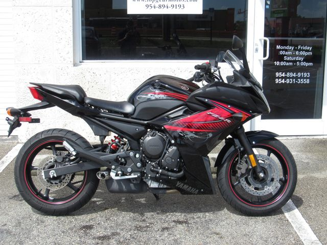 2012 Yamaha FZ6 R in Dania Beach , Florida 33004