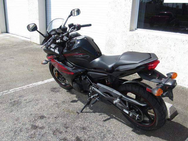 2012 Yamaha FZ6 R in Dania Beach , Florida 33004