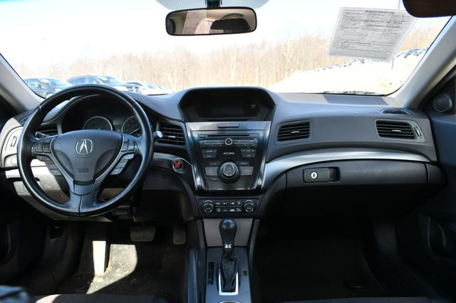 2013 Acura ILX Naugatuck, Connecticut 3
