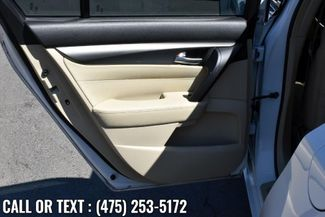 2013 Acura TL 4dr Sdn Auto 2WD Waterbury, Connecticut 19