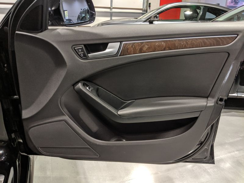 2013 Audi allroad Premium Plus  Lake Forest IL  Executive Motor Carz  in Lake Forest, IL