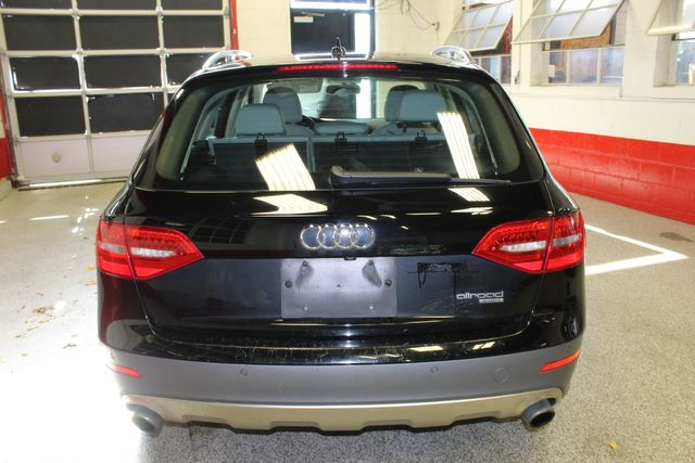 2013 Audi Allroad, Quattro RARE, SERVICED & READY. Premium Plus Saint Louis Park, MN 9