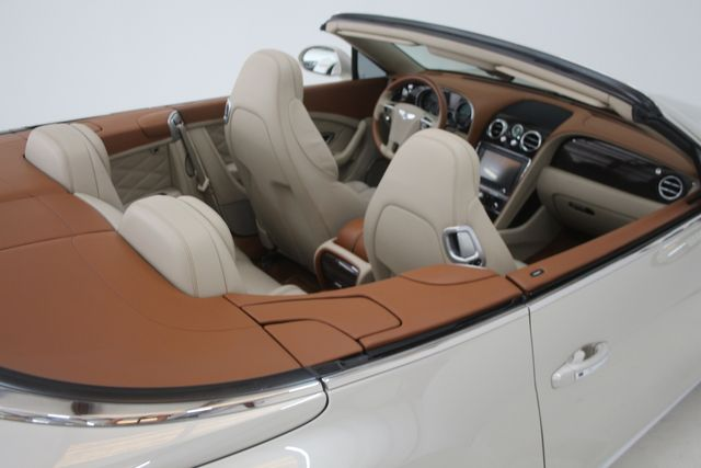 2013 Bentley Continental GTC Convertible Houston, Texas 18