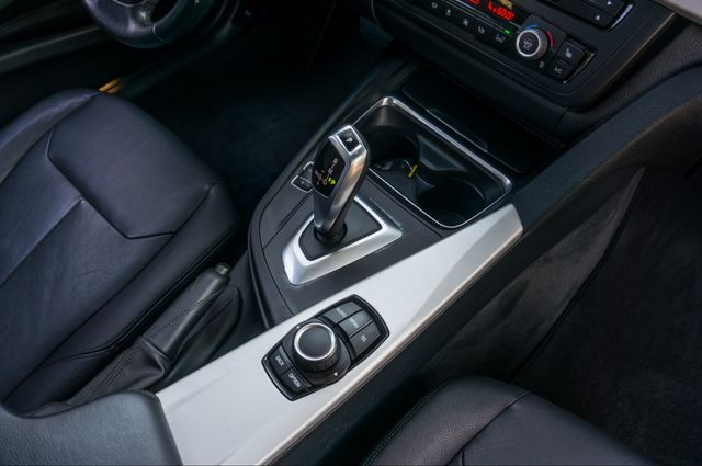 2013 BMW 320i Reseda, CA 26