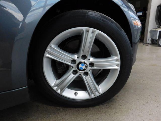 2013 BMW 320i xDrive I XDRIVE in Airport Motor Mile ( Metro Knoxville ), TN 37777
