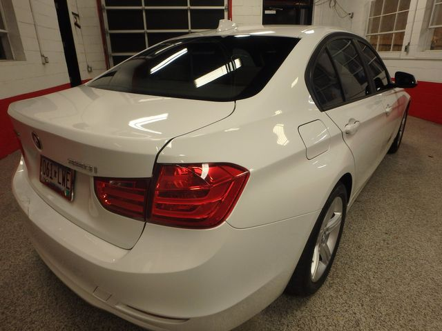 2013 Bmw 320 X-Drive LOW MILES, EXCELLENT COMMUTOR, GREAT MPG Saint Louis Park, MN 10