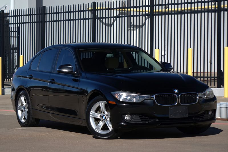 2013 BMW 328i Sport* Sunroof* Leather* only 88k* EZ Finance** | Plano, TX | Carrick's Autos in Plano TX