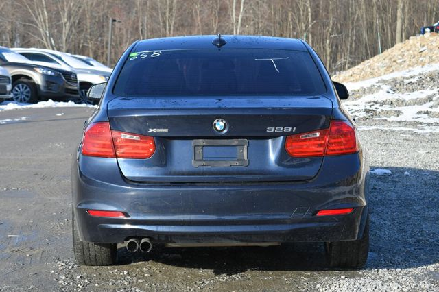 2013 BMW 328i xDrive Naugatuck, Connecticut 3