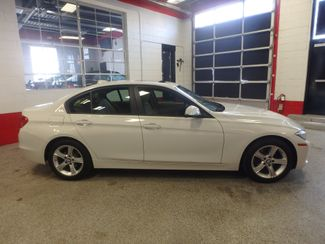 2013 Bmw 328i X-Drive ULTRA LOW MILE BEAUTY, LIKE NEW IN EVERY WAY Saint Louis Park, MN 8