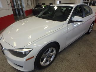 2013 Bmw 328i X-Drive ULTRA LOW MILE BEAUTY, LIKE NEW IN EVERY WAY Saint Louis Park, MN 41