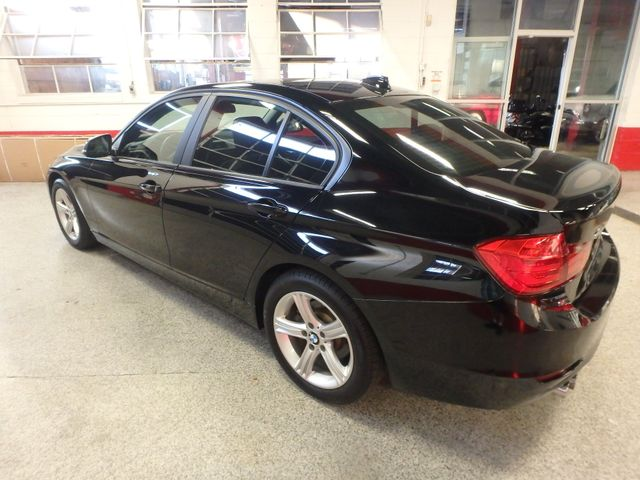 2013 Bmw 328 X-Drive, Fully serviced, loaded up, very sharp! Saint Louis Park, MN 7