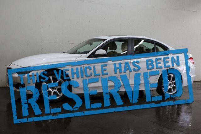 2013 BMW 328xi xDrive AWD Luxury Car w/Navigation, Backup Cam, Heated F/R Seats & Bluetooth Audio in Eau Claire, Wisconsin 54703