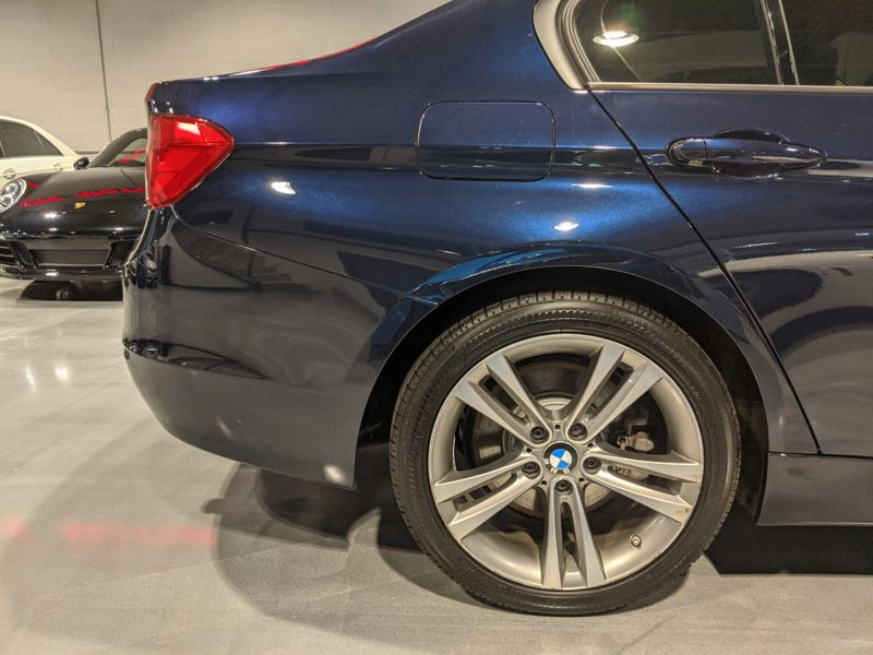 2013 BMW 335i xDrive XI  Lake Forest IL  Executive Motor Carz  in Lake Forest, IL