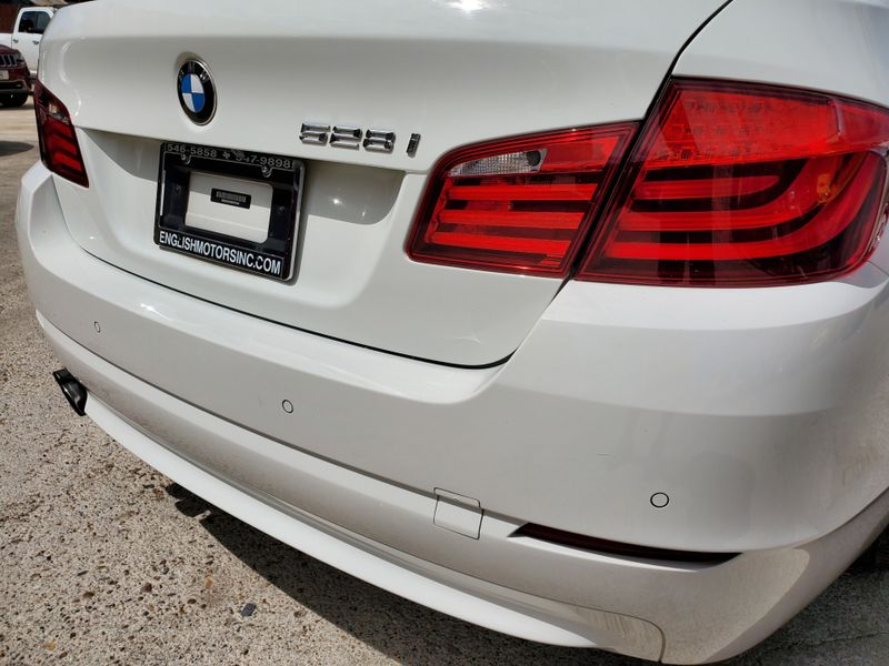 2013 BMW 528i   Brownsville TX  English Motors  in Brownsville, TX