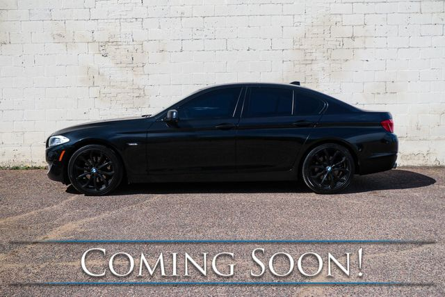 2013 BMW 528xi xDrive AWD Luxury Car w/Blacked Out Rims, Nav, Cold Weather Pkg, Moonroof & 2-Tone Interior