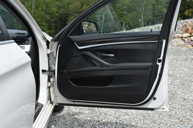 2013 BMW 528i xDrive Naugatuck, Connecticut 10